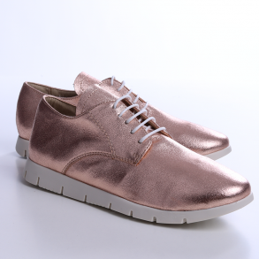 Pantofi din piele naturala de culoare roz sidef
