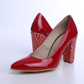 Pantofi cu toc din piele naturala lacuita de culoare rosie