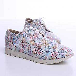 Pantofi din piele box alba cu print inflorat