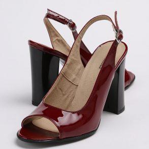 Pantofi decupati in fata si spate din piele lacuita naturala grena